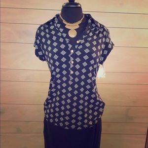 Black & White Women's Short Sleeve Top